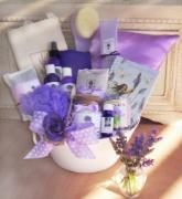 This Lavender Gift Set is sure to make a big impression any time of year.